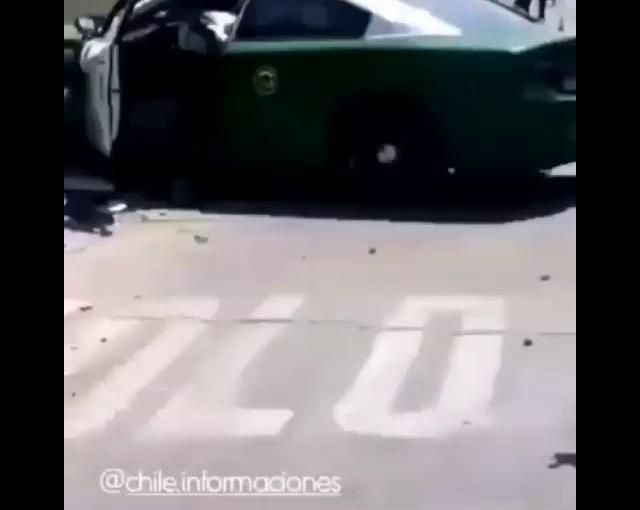Patrulla de Carabineros atropella atranseunte